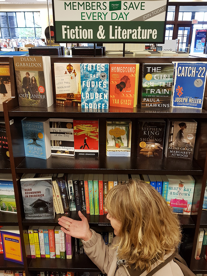 Dead Reckoning in Frederick on Shelves at Barnes and Noble